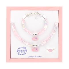 Set in wood box cloud - <p>Set in wooden box: bracet, ring, necklace. Cloud theme. Adjustable.</p>