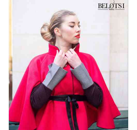 BEL REVERSIBLE PINK CAPE - The sublime pink Bel rose cape will be your ultimate weapon to face the cold temperatures of this winter.  Its electric pink color will seduce you and its warm lining with ethnic prints will allow you to change your style during the day: casual in the morning with the face visible electric pink, and in the evening worn face printed to spend a warm evening despite the cold evening temperatures.  Very elegant, it can be worn with a belt at the waist to emphasize the line.