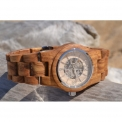 Women's Automatic Wooden Watches - <p>The combination of natural material and irreproachable mechanics are the criteria of our women's collections. Essenciel offers wooden watches without battery, equipped with an automatic and manual winding system. The movements of your wrist will provide energy for the proper functioning of your watch. A unique collection, ecological, green and respectful of the environment.</p>