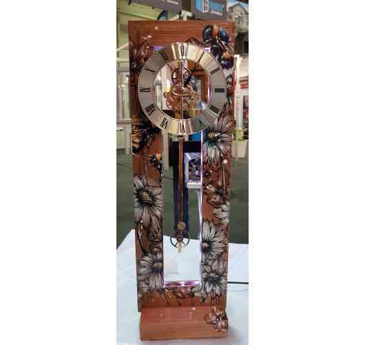 """Mini-Evys clock """"La P'tiote"""" Unique model by Elise - Unique model of our P'tiote clock. Directed by the Franche-Comté's painter Élise Poinsenot."""