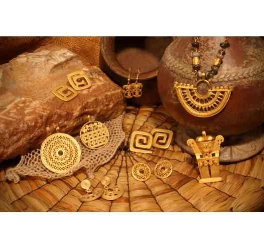Pre-Columbian art collection - handmade, high-quality replicas of pre-Columbian jewellery