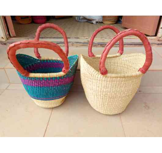 small basket - basket with hand in leather