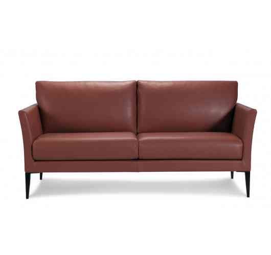 SOFA EDGAR - With its elegant and aerial style emphasised by the feminine curved armrest resting on a slim leg, the Edgar model is enticing in its design.