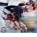 Dog's collar & leash - <p>Set of Campo Collection.  A relaxed, multicolored look to roam the countryside, snort by the sea…for a weekend, for holidays!Hand-woven by native communities of Chiapas, the set is also made of high quality leather, selected, cut and plaited by Léon's talented craftsmen- State of Guanajuato .Unique crafts production sold separately.</p>